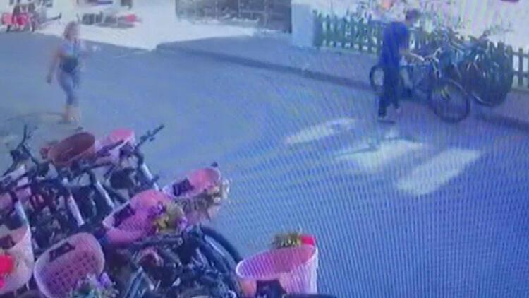 Büyükada'daki bisiklet hırsızlığı kamerada
