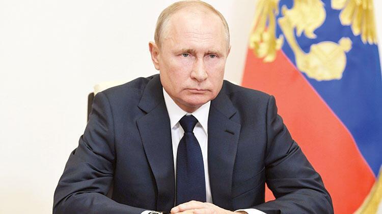 'Putin referandumu'nda 'evet' yüzde 76 ile önde