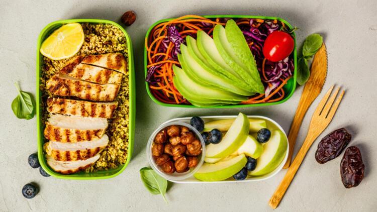 Çocuklara sağlıklı beslenmeyi sevdirmenin 5 yolu