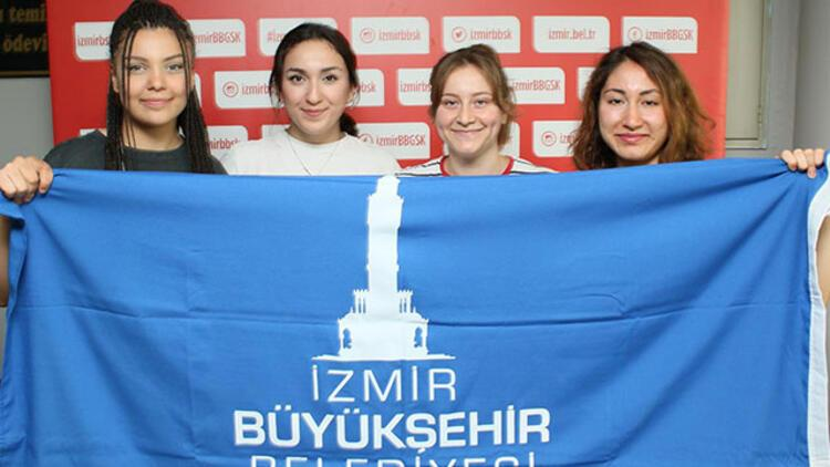 İzmir BŞB hentbolda 4 genciyle sözleşme uzattı