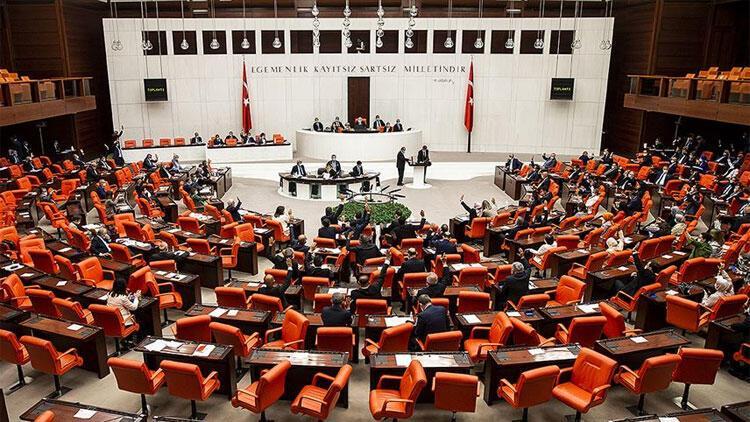 AK Parti'den flaş değişiklik! Yeni görevleri belli oldu...