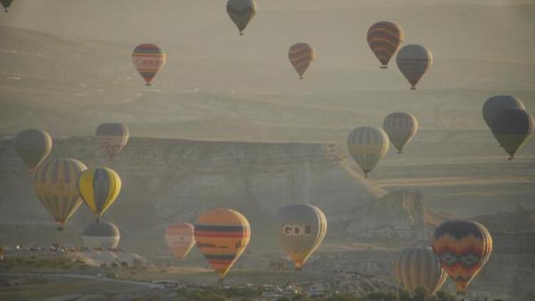 Kapadokya'da sıcak hava balonu turları 1 Ekim'e ertelendi