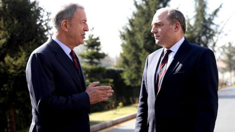 Milli Savunma Bakanı Akar, Birleşik Krallık Savunma Bakanı ile görüştü