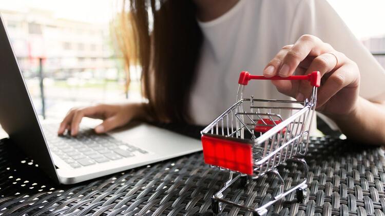E-ticarete canlı yayın dopingi