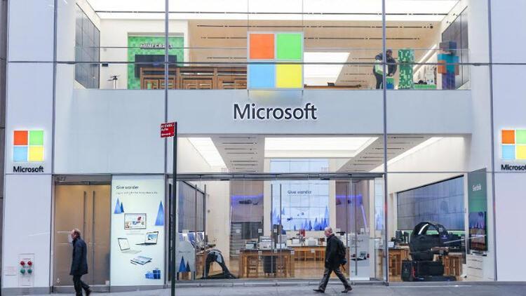 Microsoft mağazalarını tamamen kapatıyor