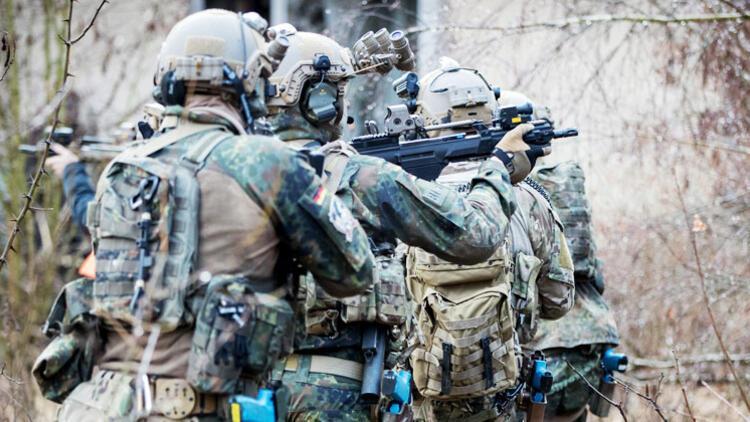 Alman ordusuyla ilgili korkutan rapor! Binlerce silah ve patlayıcı...