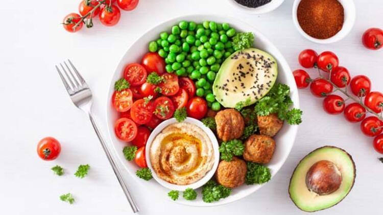 Vegan Kase: Tahin Soslu Çıtır Falafel