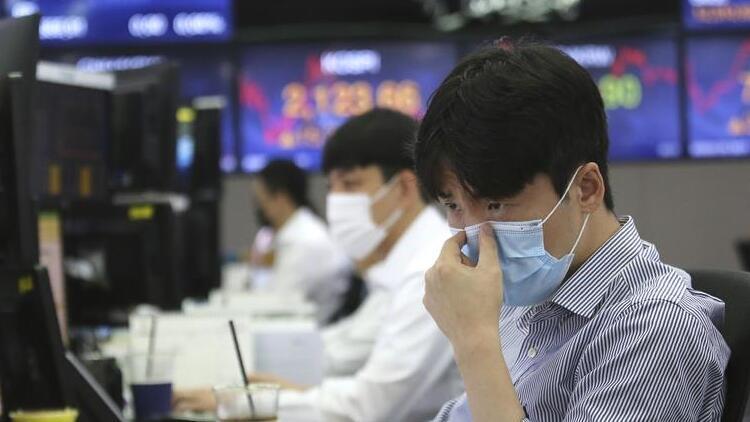 Son 24 saatte Çin'de 3, Güney Kore'de 51 yeni Covid-19 vakası görüldü