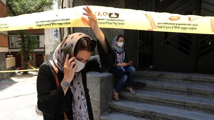 İran'da  son 24 saatte  Covid-19 nedeniyle 141 kişi hayatını kaybetti