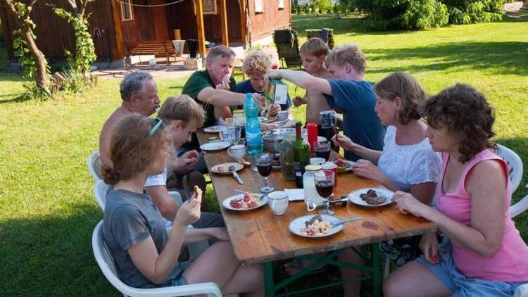 Sadece geniş ailelerde büyüyenlerin anlayacağı 7 şey