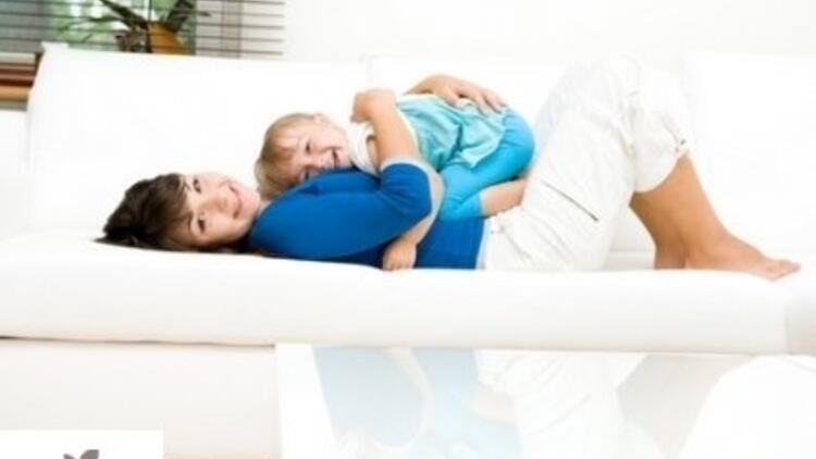 Annenin ve çocuğun bakıcıya hazırlığı