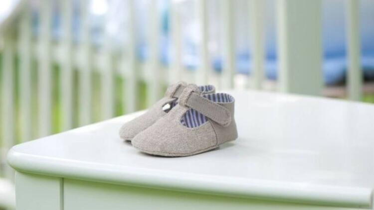 Bebeğin ilk ayakkabısı nasıl olmalı?