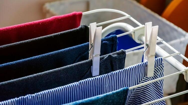 Çamaşırı içeride kurutmak zararlı