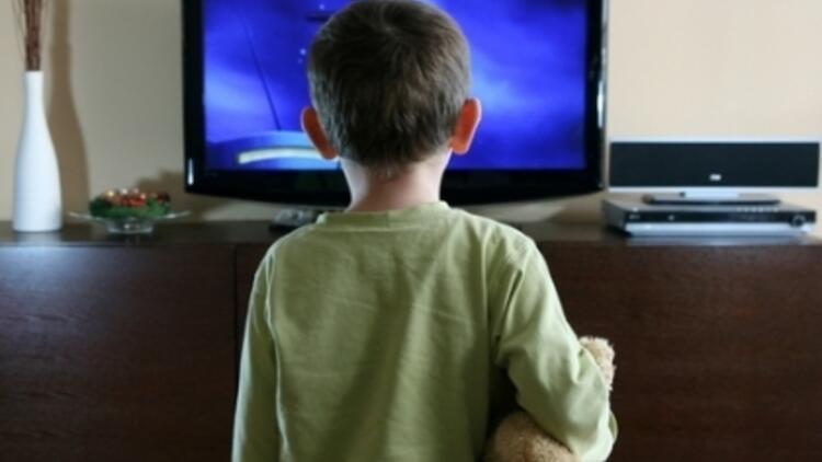Çocukların Televizyon Aşkı
