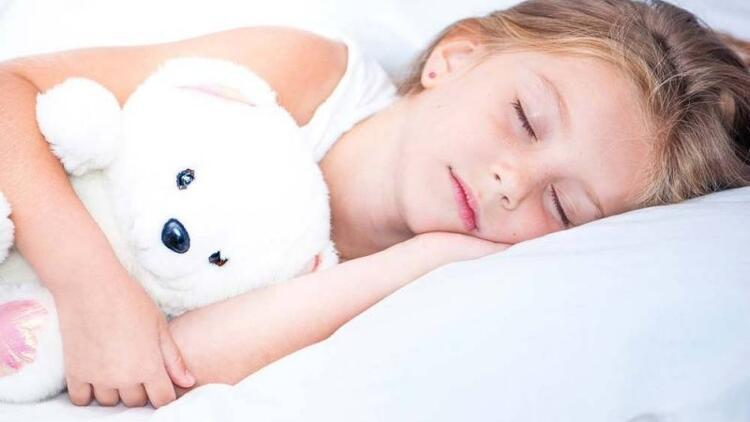 Düzenli uyku hafızayı güçlendiriyor