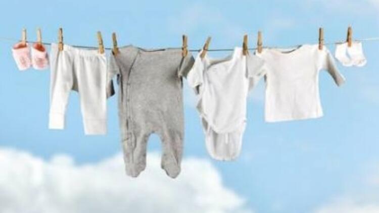 Bebek giysileri ayrı yıkanmalı