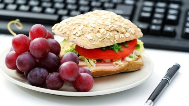 Ofiste sağlıklı atıştırmalıklar
