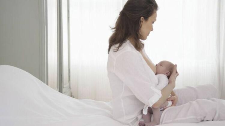 Bebeğin emzirme pozisyonu nasıl olmalı?