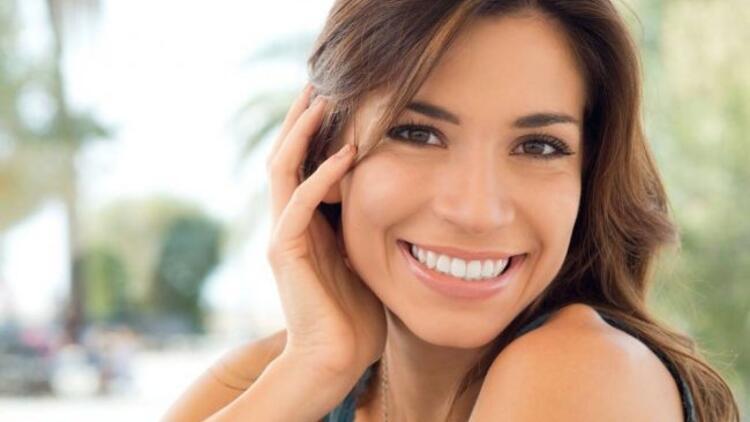 Yüz hatlarınıza en uygun gülümsemeyi seçin