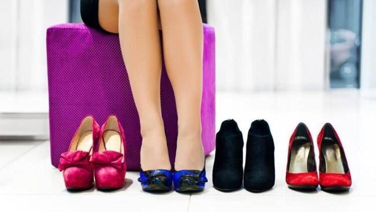 Kadınlar ayakkabı seçerken daha dikkatli olmalı!