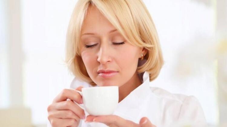 Menopoz döneminde rahatlatan çay