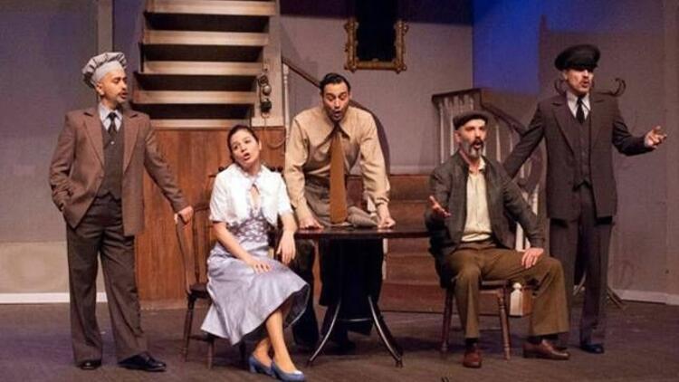 İBB Şehir Tiyatroları'ndan ikisi yeni 34 oyun!