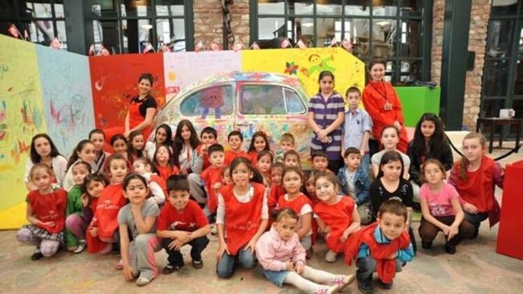 Çocukların renkli dünyası Koç Müzesi'nde!