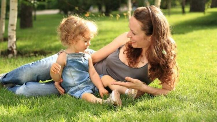 Çocuğun konuşmasında ilgi önemli!