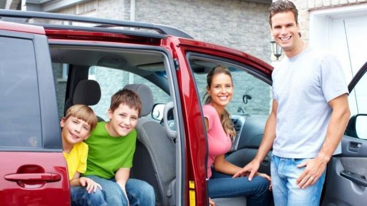 Bayramda çocukla rahat seyahat için ipuçları