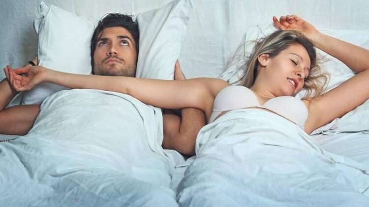 Kadınlar erkeklerden daha uykucu!