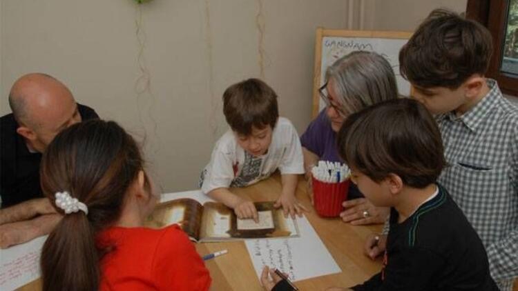"""""""Yaratıcı okuma atölyesi"""" çocukları bekliyor"""