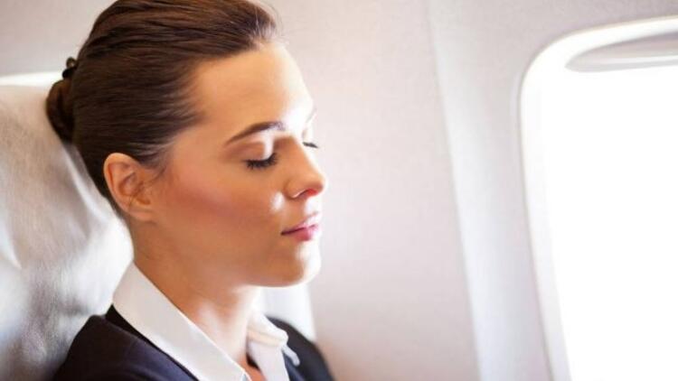Uzun bir uçuşta bu öneriler işinize yarayacak