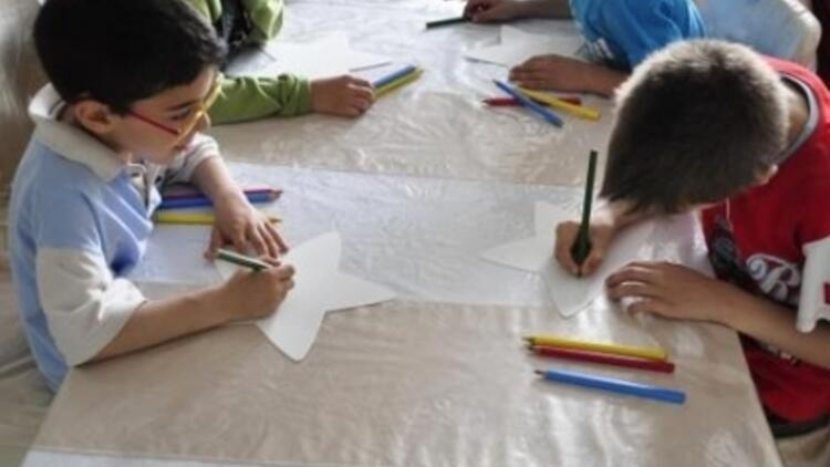 C&A Yıldızı Çocuklar için Parlıyor
