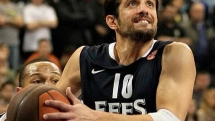 Basketbolun Evcimen Çocuğu Kerem Tunçeri