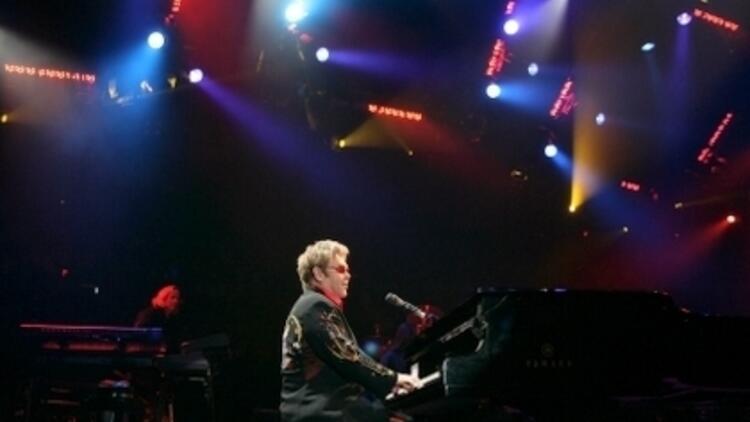Elton John Türkiye'ye Geliyor