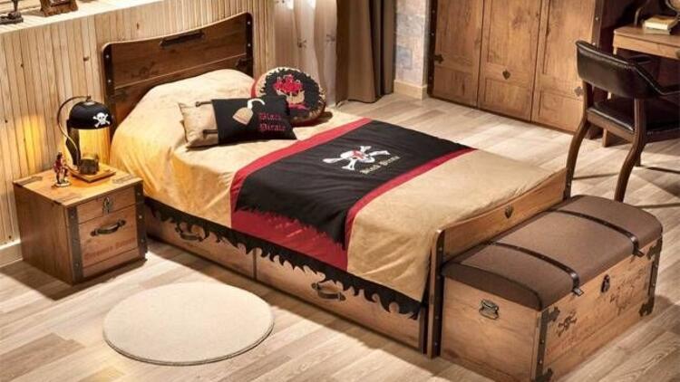 Çilek'le yatak örtüleri çok renkli!