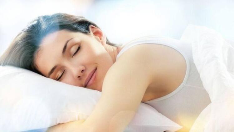 Kaliteli uyku cildi güzelleştiriyor