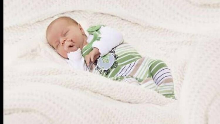 Hassas bebek ciltlerine en uygun kıyafetler Kanz'da!