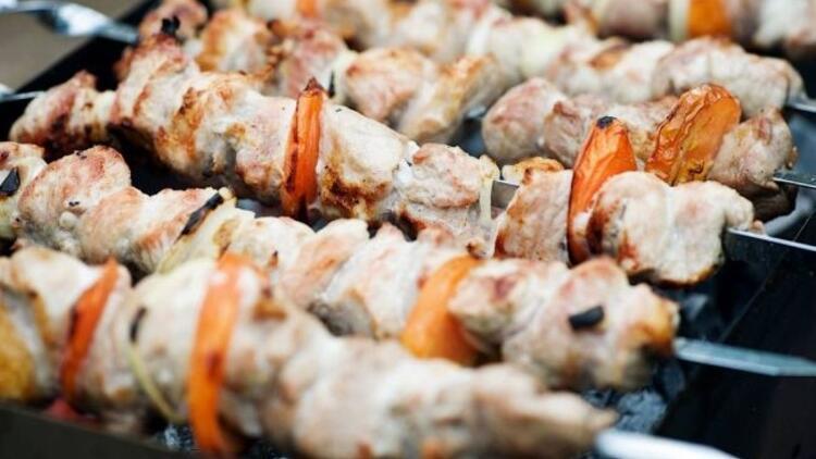 Mangal keyfi için ilk tercih beyaz et olmalı