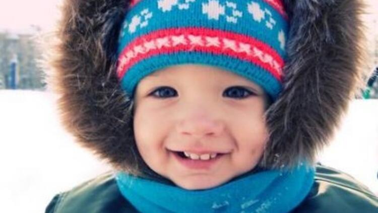 Tatilde çocuğunuzu soğuktan koruyun