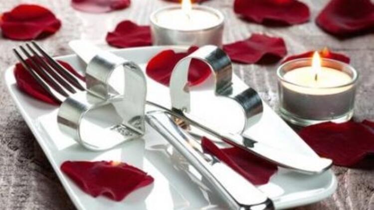Sevgililer Günü için menü örneği