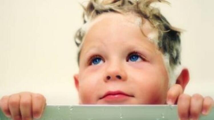 Çocuklara banyoyu sevdirmenin yolları