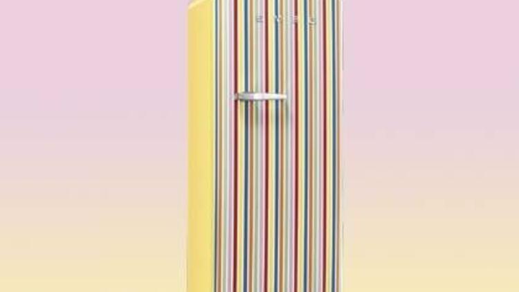 Gökkuşağı buzdolabı Smeg'ten