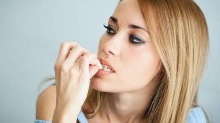 Yetişkinlerde tırnak yeme alışkanlığı