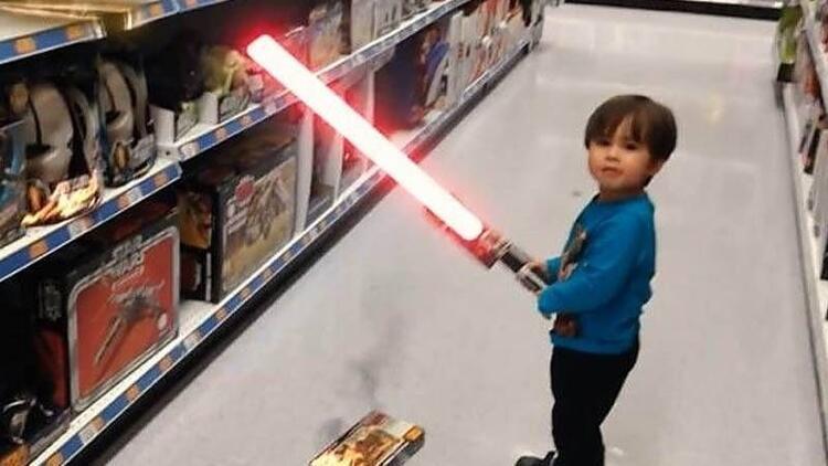 Sosyal medyanın yeni fenomeni küçük kahraman!
