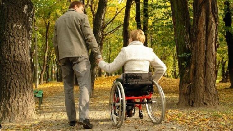 Engellileri hayata bağlamak bizim elimizde