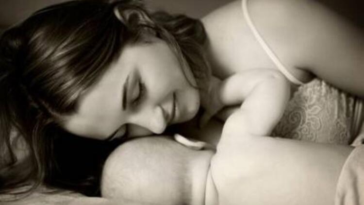 Bebeği neden anne sütü ile beslemek gerekir?