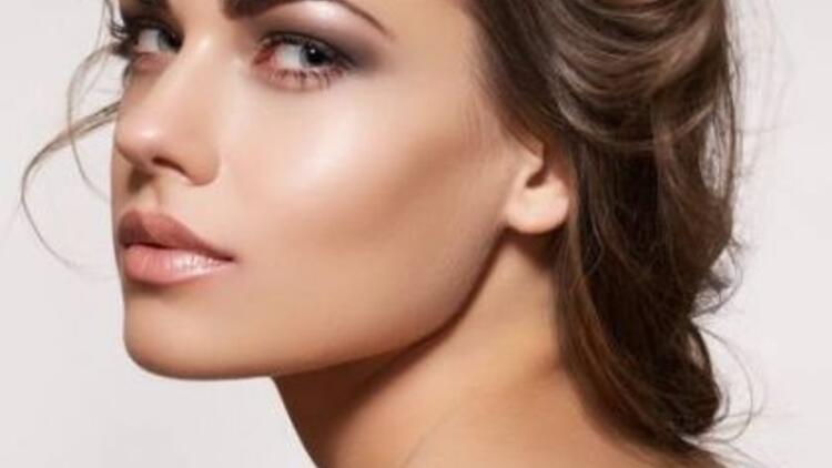 Kumral kadınlar için makyaj önerileri