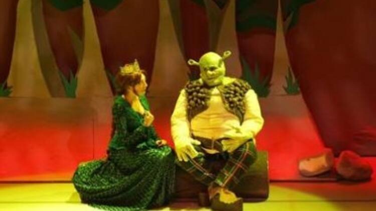 7'den 70'e izlenen Shrek Müzikali Türkiye'de