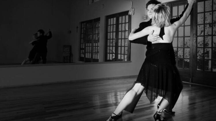 Contacttango İstanbul Dance Company